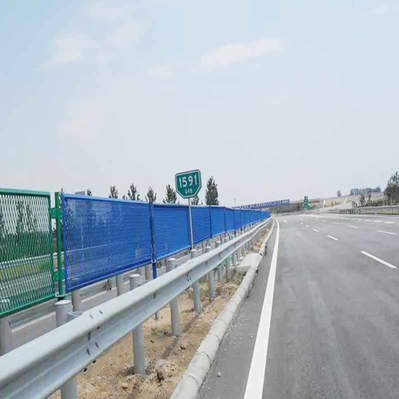 高速护栏3